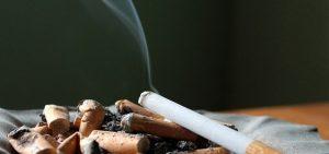 El tabaco es uno de los causantes del mal olor, tanto en hogares, como en despachos